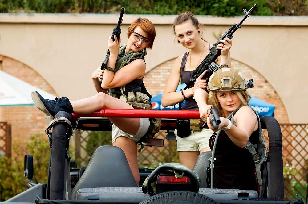 krakow-shooting-range-topless-girl-jayne